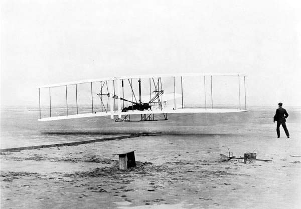 Old timey wright brothers clipart png stock The right facts about the Wright brothers\' time in Cedar ... png stock