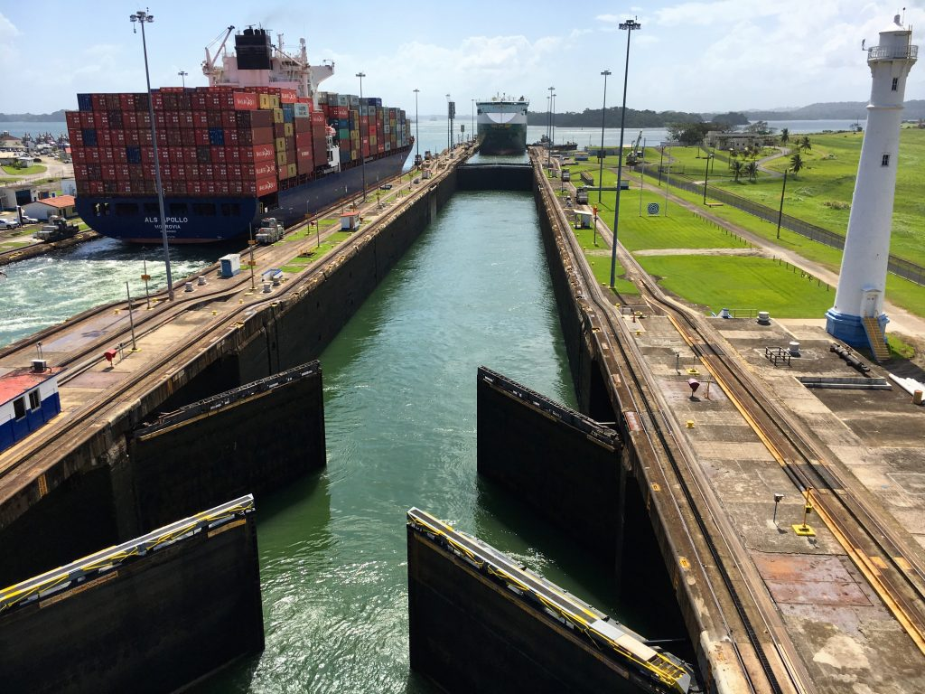 Panama canal locks clipart clipart transparent download Going through the Gatun Locks in the Panama Canal - Married ... clipart transparent download
