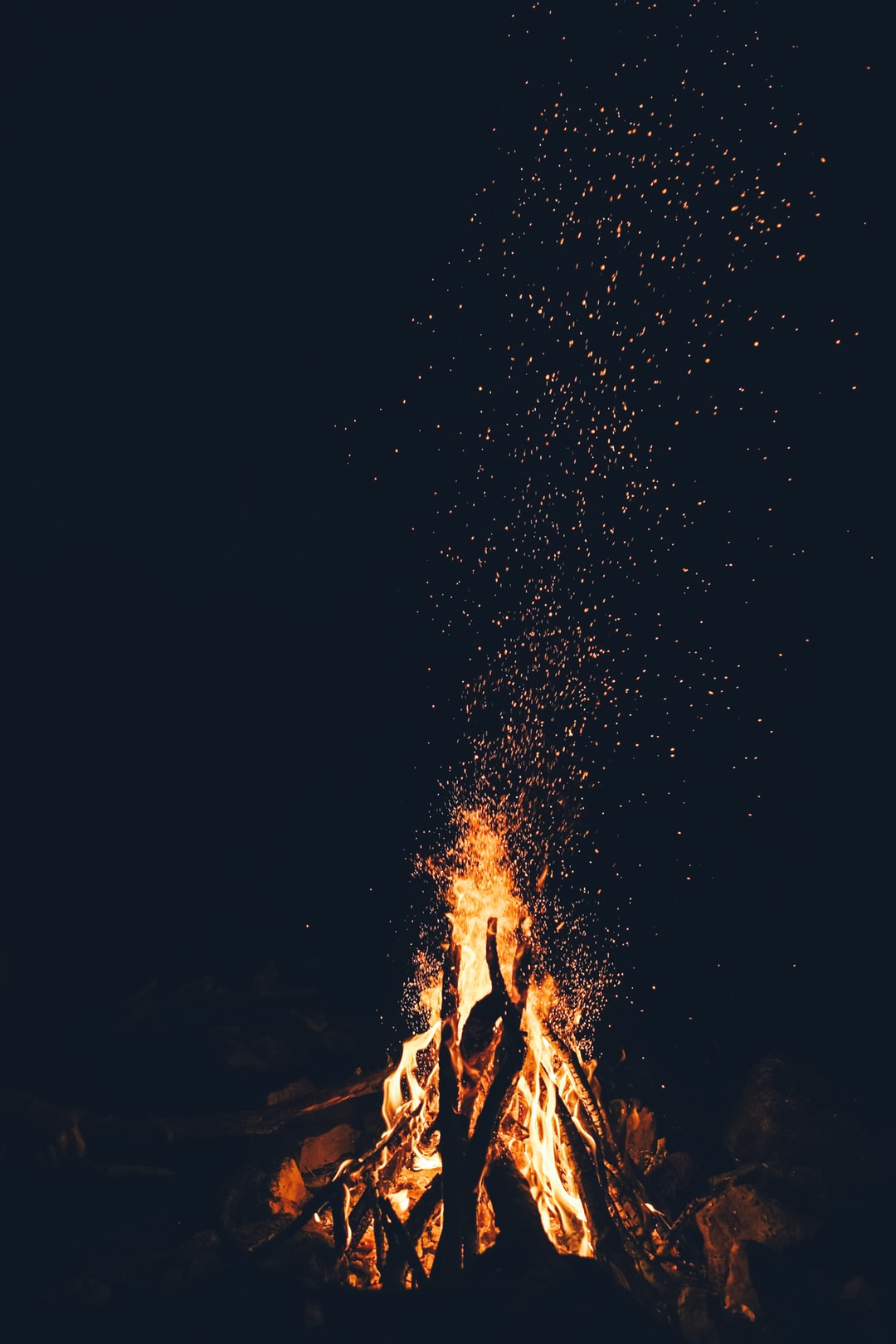 People dancing in the forest around fire clipart vector free 500+ Best Campfire Pictures [HD]   Download Free Images on ... vector free