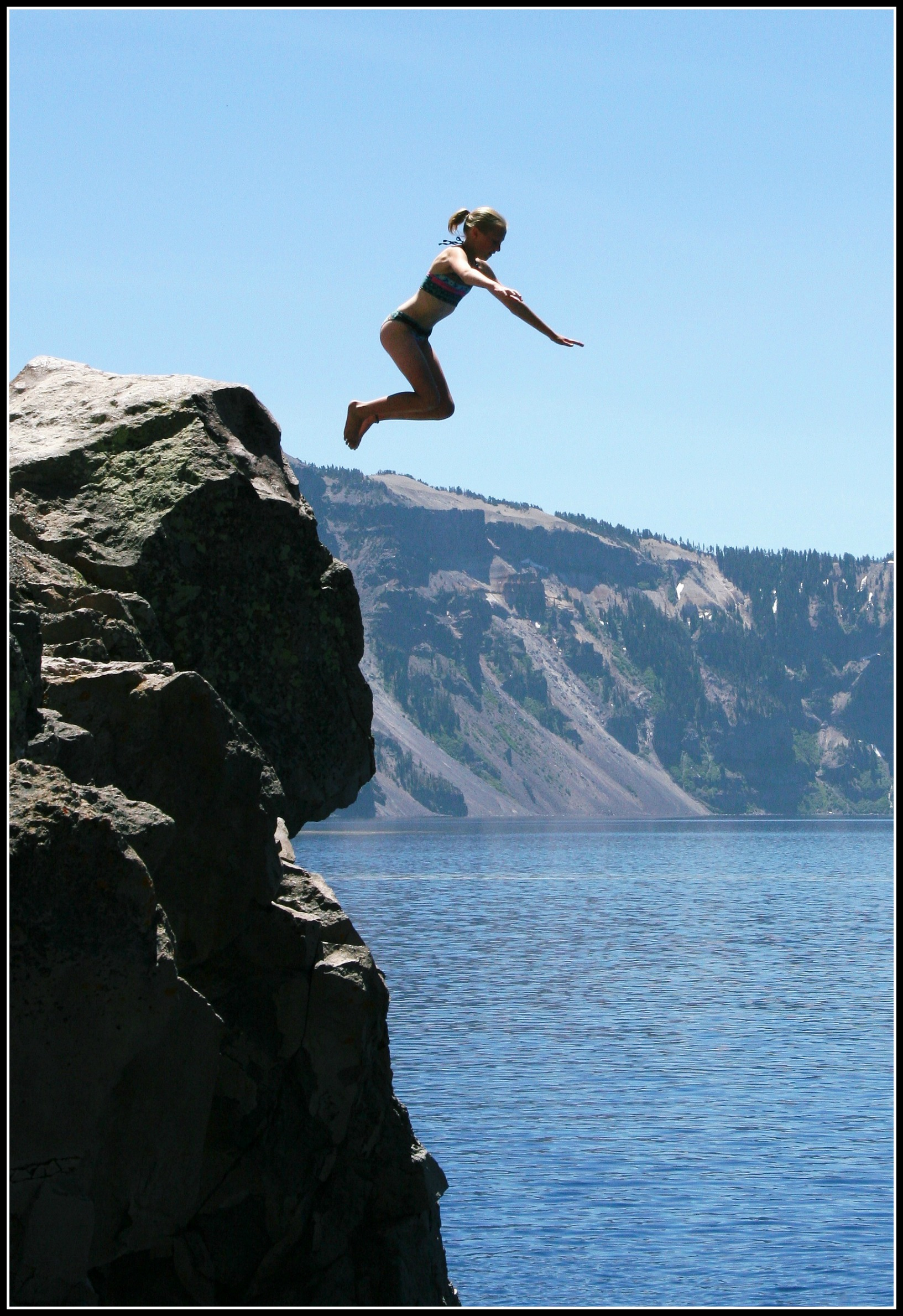 Person about to fall off cliff clipart vector free Man jumping off a cliff clipart - Clip Art Library vector free