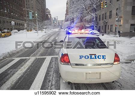 Police car snow clipart png freeuse stock Stock Photo of USA, New York City, police car on Park Avenue ... png freeuse stock
