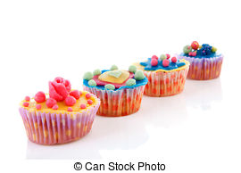 Row of cupcakes clipart picture transparent Row of cupcakes clipart - ClipartFest picture transparent