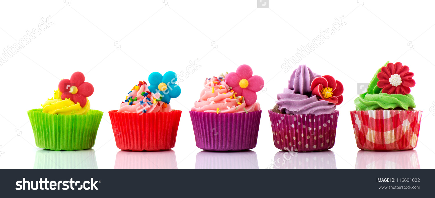 Row of cupcakes clipart freeuse library Row of cupcakes clipart - ClipartFest freeuse library