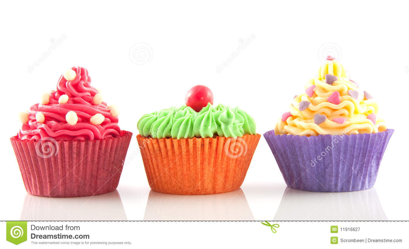 Row of cupcakes clipart png black and white stock Row of cupcakes clipart - ClipartFest png black and white stock