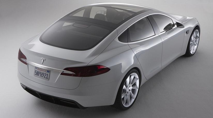 Saloon car banner download Tesla unveils Model S electric saloon (2009) by CAR Magazine banner download