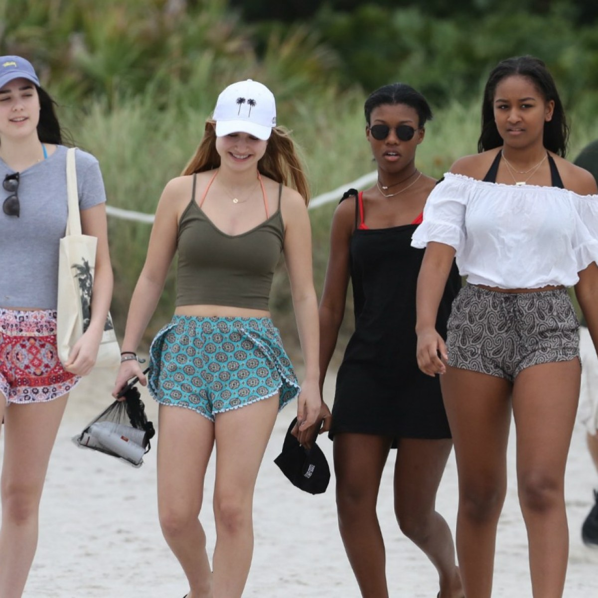 Sasha obama clipart picture Revealed! Sasha Obama\'s Life in and Out of the White House picture