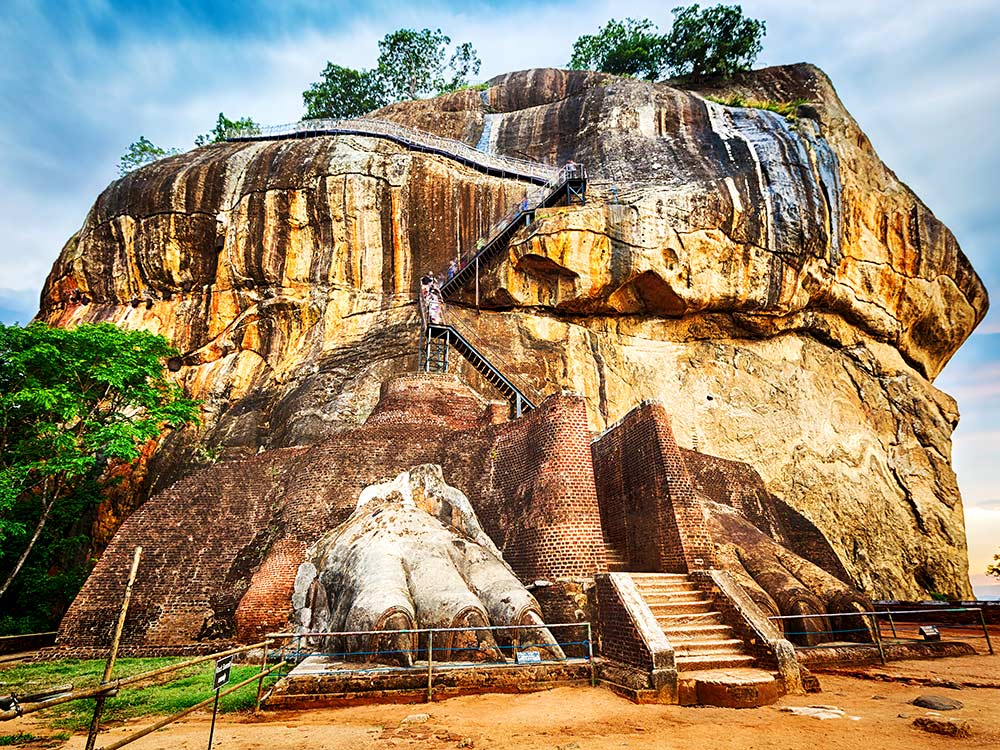 Sigiriya clipart svg library library Sri Lanka In Pictures - A Pictorial Evidence Of \'Paradise ... svg library library