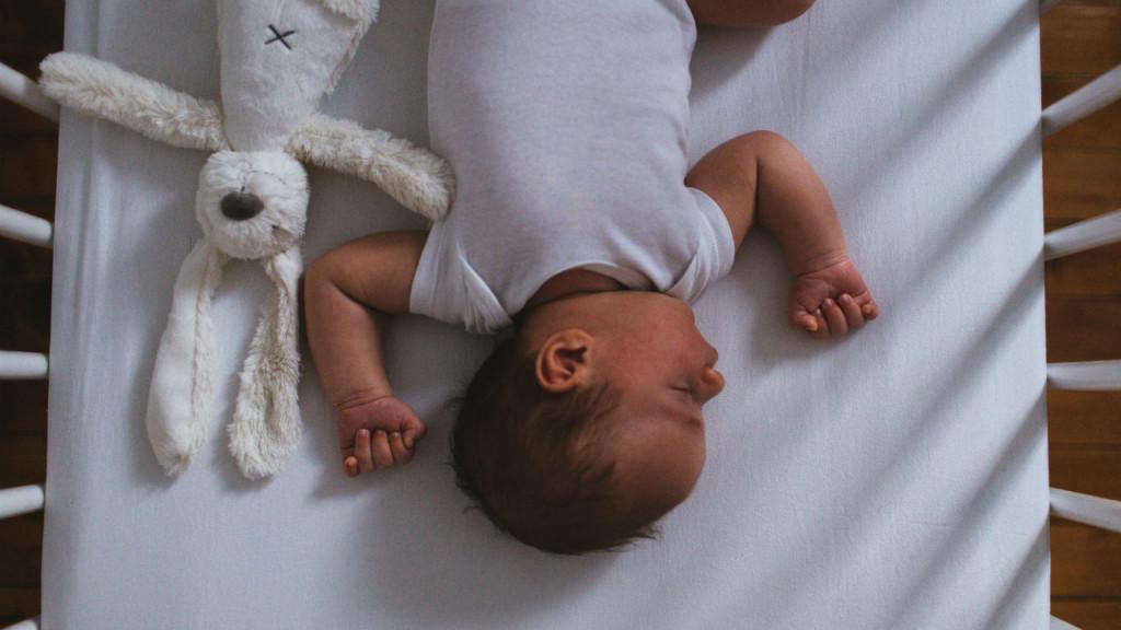 Waking up at six clipart jpg 6 most popular baby sleep-training methods explained jpg