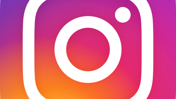 Small instagram clipart black and white stock What Small Businesses Need to Know About Instagram StoriesSmall ... black and white stock