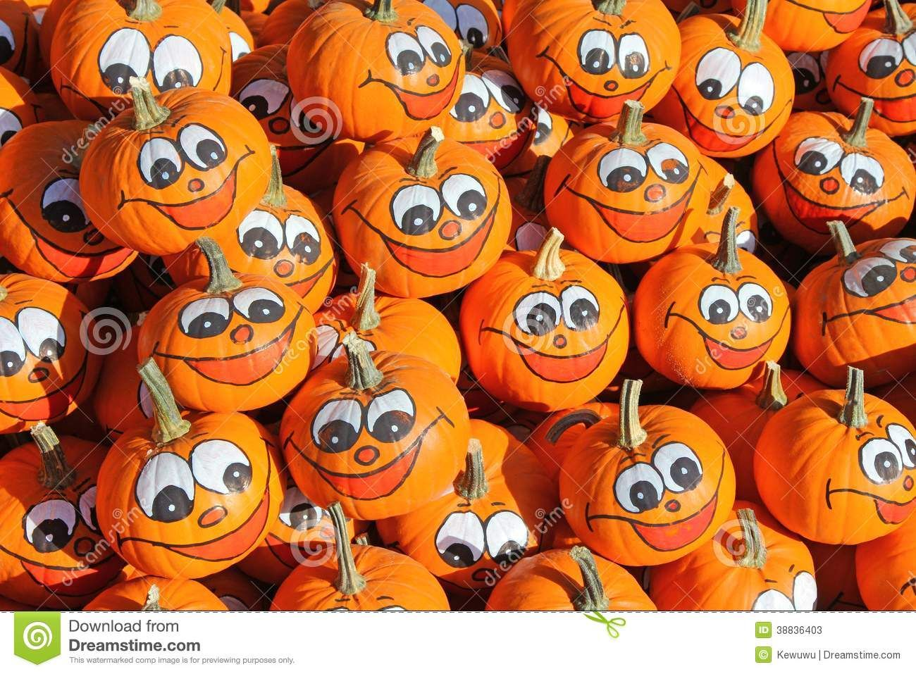 Smiley face painting wet paint clipart svg library download Smiley Faces Painted On Fresh Pumpkins Stock Photo - Image ... svg library download