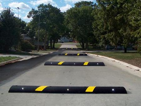 Speed bump clip art clip download Clipart bumps in the road - ClipartFest clip download