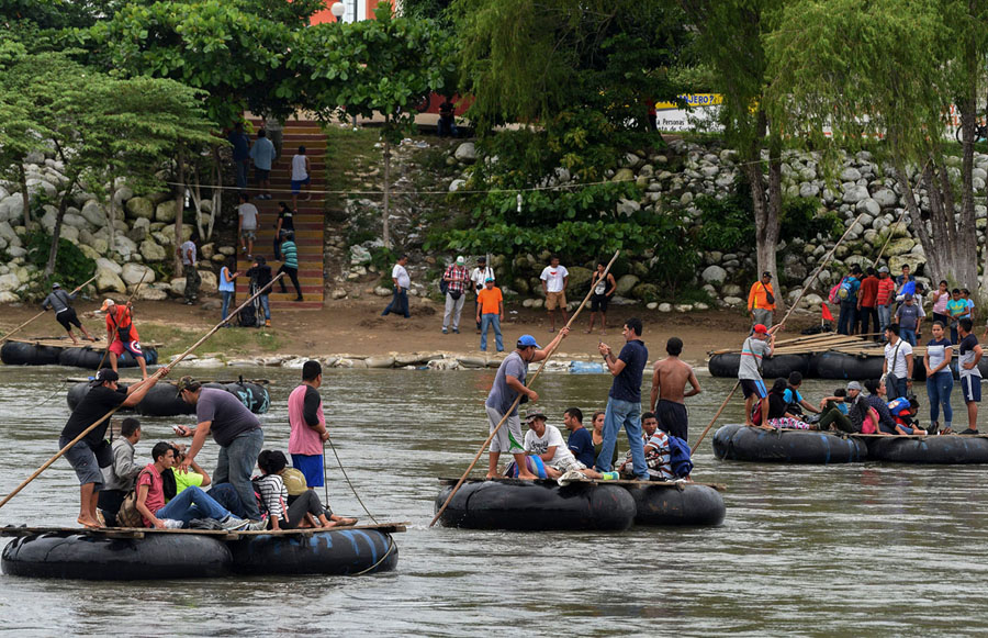 Taylors falls boat ride clipart image library stock Photos of the Migrant Caravan - The Atlantic image library stock