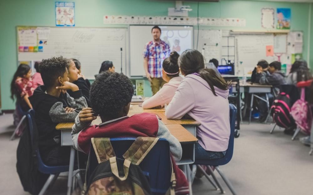 Techers teaching college class clipart svg transparent stock 100+ Teacher Pictures | Download Free Images on Unsplash svg transparent stock