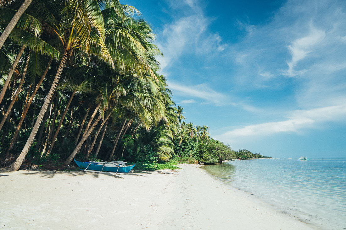 The beach is calling and you must go clipart clipart library stock 16 of the Most Beautiful Places in the Philippines ... clipart library stock