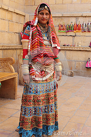 Traditional dress of rajasthan clipart graphic library download Tribal Woman Dressed Up In Traditional Rajasthani Costume ... graphic library download