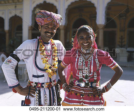 Traditional dress of rajasthan clipart jpg freeuse stock Pictures of India, Jaipur, Rajasthan, man in traditional dress ... jpg freeuse stock