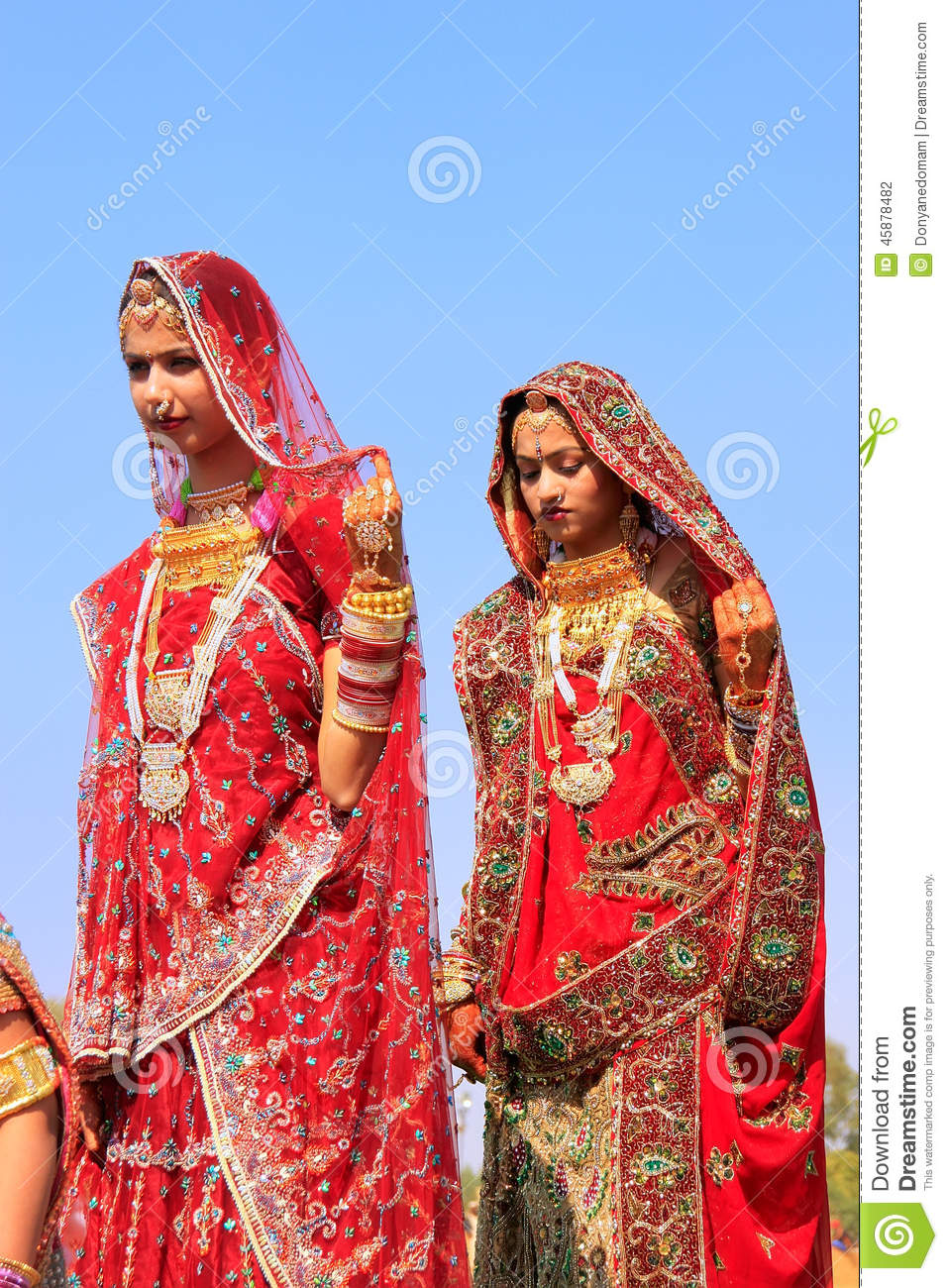 Traditional dress of rajasthan clipart clip art black and white library Young Women In Traditional Dress Taking Part In Desert Festival ... clip art black and white library