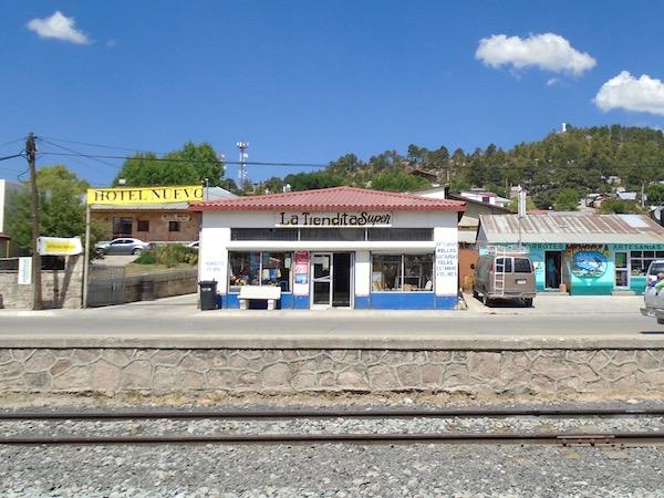 Train tracks across mexico clipart image freeuse stock Take El Chepe, Mexico\'s Last Passenger Train, Via The Sierra ... image freeuse stock