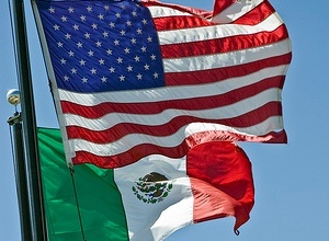 Us flag mexian flag clipart graphic free library 17 Best ideas about Mexico Flag on Pinterest | Mexican heritage ... graphic free library