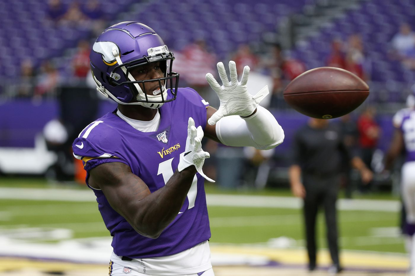 Vikings wide receiver clipart vector library stock Detroit Lions reportedly work out former first-round WR ... vector library stock