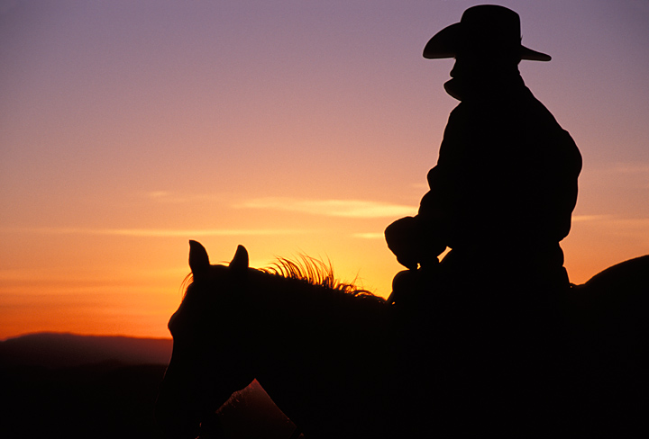 Western sunrise clipart image freeuse library Picture Western - Cowboy on Horse, Silhouette - Clip Art Library image freeuse library