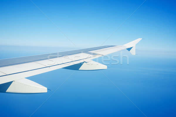 Wings clipart 220 021 stock airplance clip transparent library Airplane window Stock Photos, Stock Images and Vectors (Page ... clip transparent library