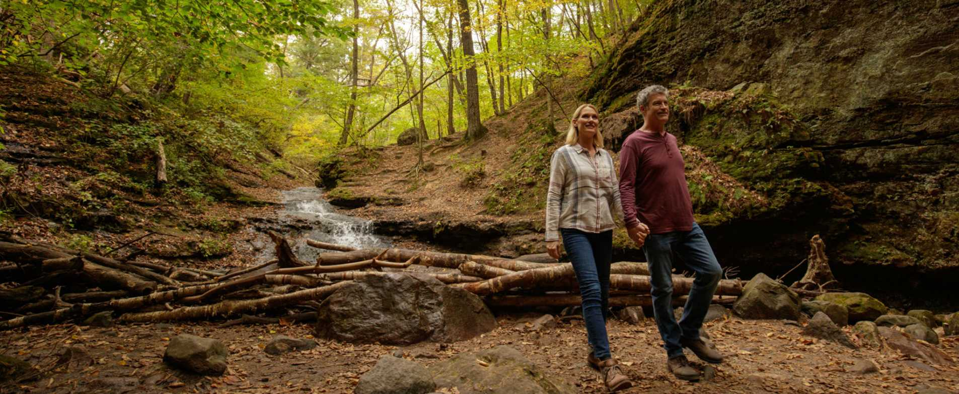 Wisconsin fall outdoors clipart svg transparent stock Wisconsin Outdoor Activities | Travel Wisconsin svg transparent stock