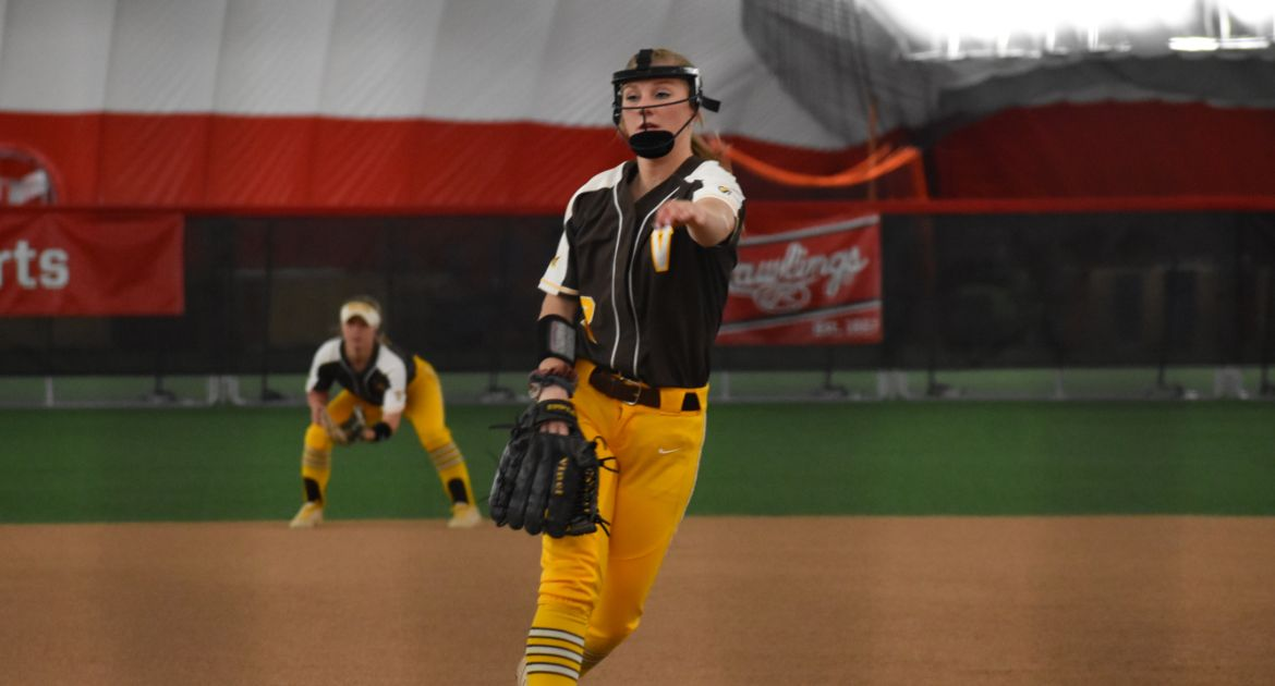 Womens senior softball clipart picture library stock Home | Official Website of Valpo Athletics picture library stock