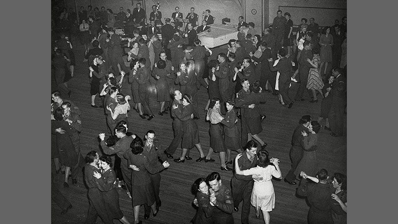 Ww2 era uso dance clipart svg royalty free stock During World War II, dance halls in Britain became very ... svg royalty free stock