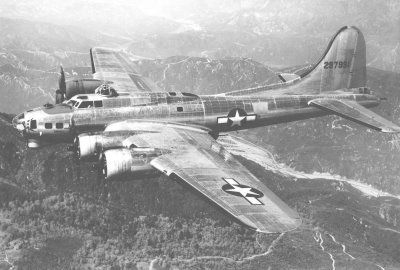Wwii b-17 flying fortress clipart transparent Pinterest transparent